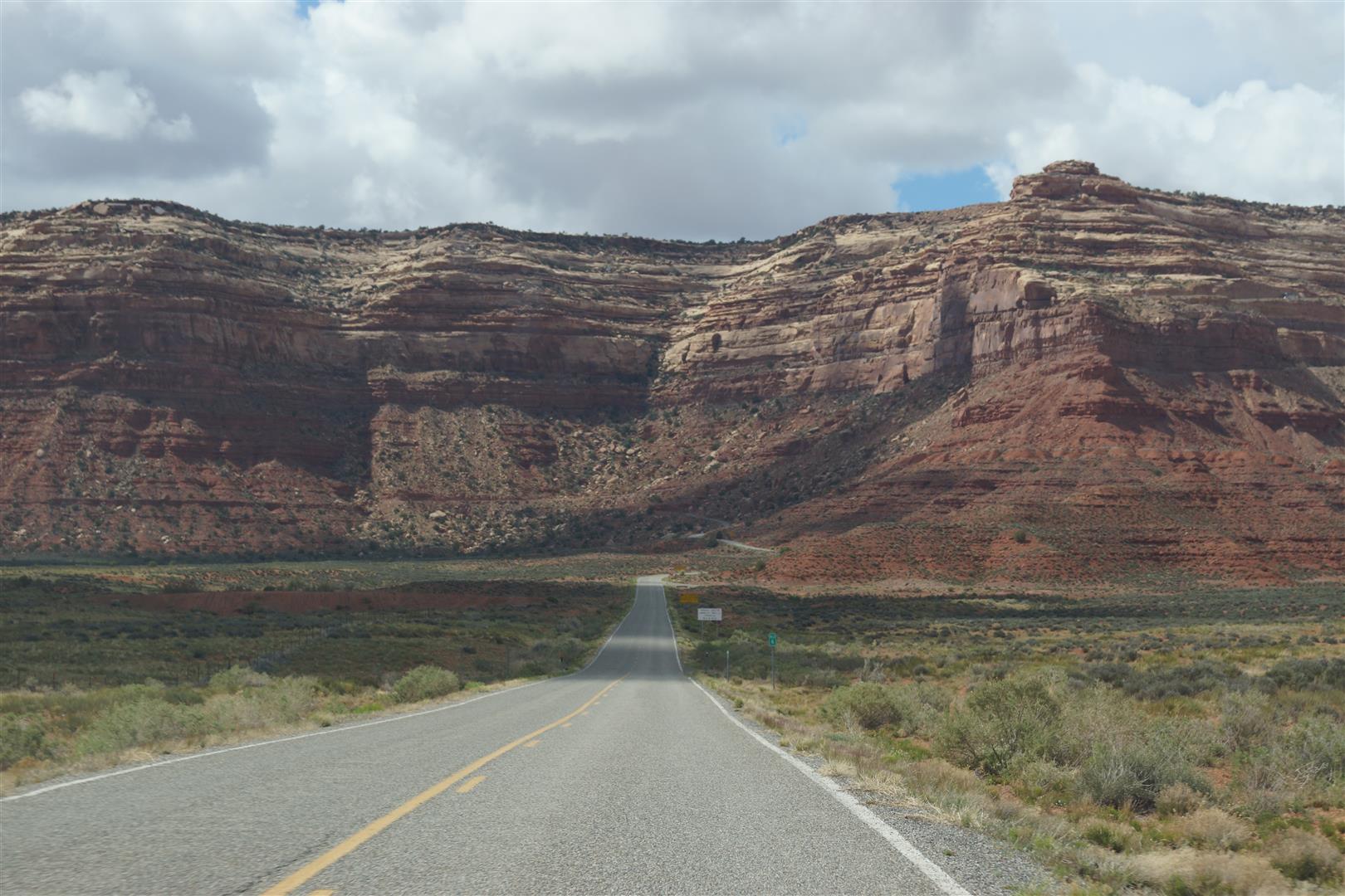 Diese Straße schien im Berg zu enden.