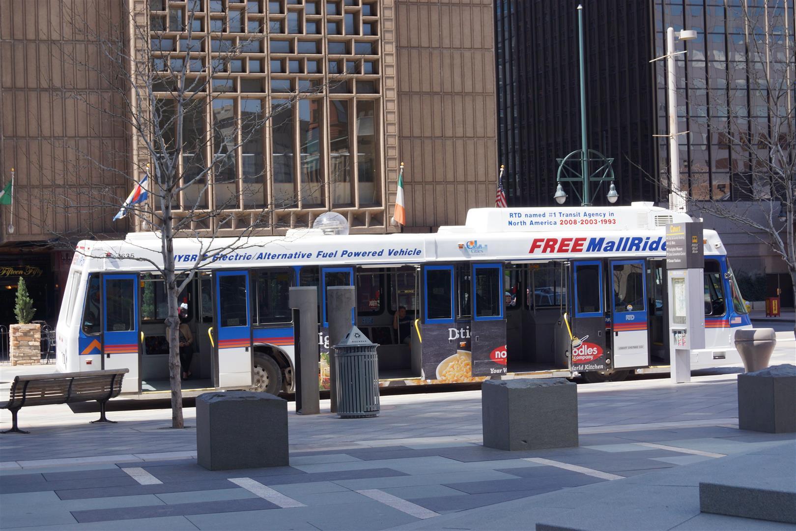 Und einen kostenlosen Shuttle-Bus!