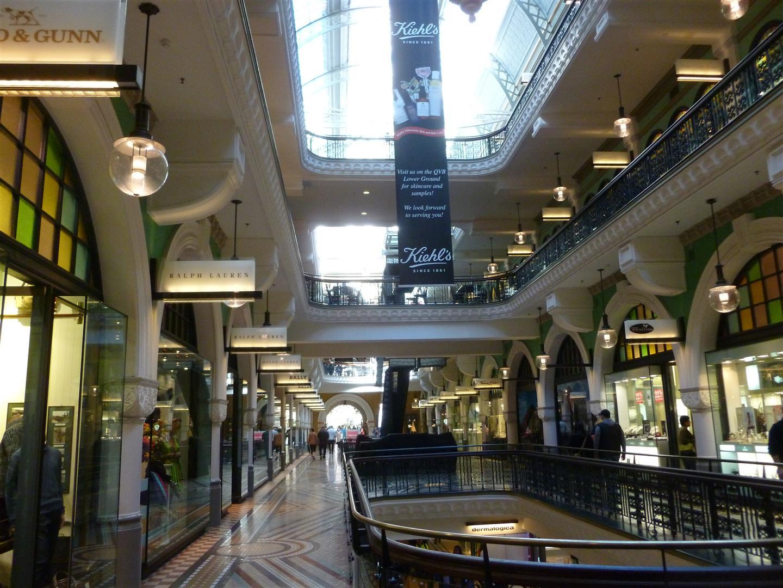 Shopping-Paradies im Queen Victoria Gebäude.  Wir liefen allerdings nur durch.