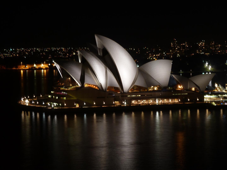 Das berühmte Opera House bei Nacht!
