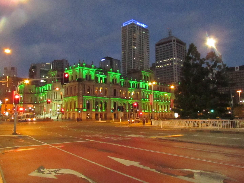 Brisbane Casino bei Nacht.