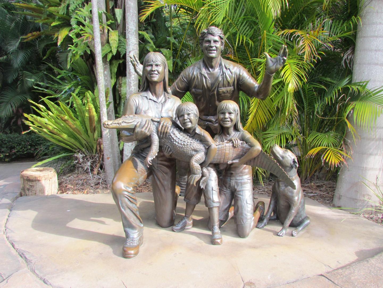 Zum Abschlus noch dieie Gründungsfamilie des Parkes.  Hinten Steve. Davor von Links: Terri, Robert, Bindi und Sui.